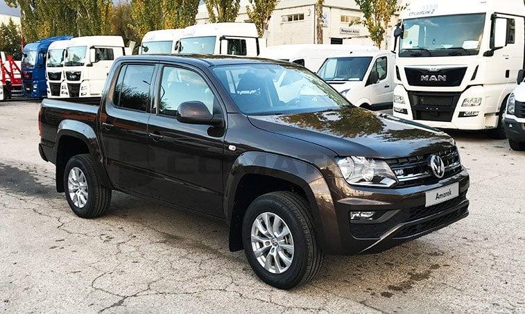 VW Amarok lateral derecho