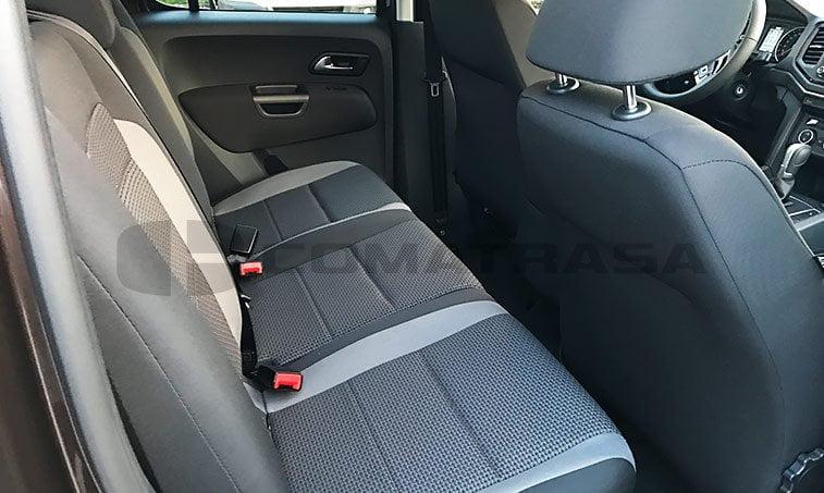 VW Amarok interior atras