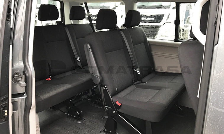 VW Caravelle Trendline DSG asientos traseros