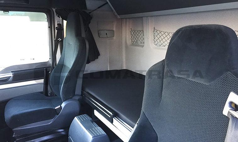 asientos y literas MAN TGX 18480 2011 4x2 BLS