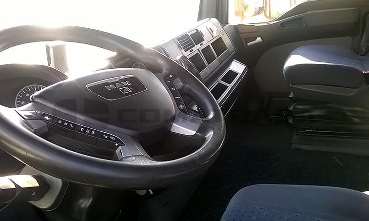 interior MAN TGA 18440 4x2 BLS Cabeza Tractora (2007)