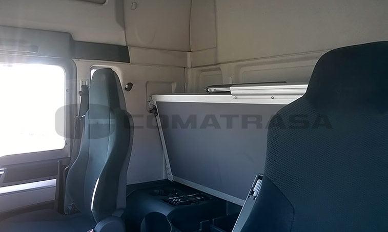 MAN TGX 18.440 4X2 BLS Cabeza Tractora (2011) litera