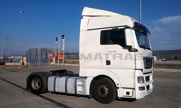 MAN TGX 18440 4x2 BLS Cabeza Tractora (2008) derecha