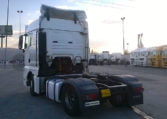 lateral izquierdo MAN TGX 18440 4x2 BLS Cabeza Tractora (2008)