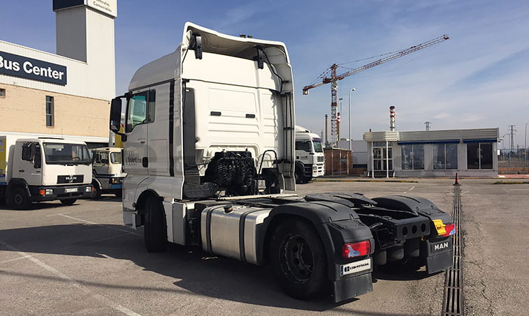 lateral izquierdo MAN TGX 18440 4x2 BLS Cabeza Tractora (2013)