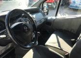 Opel Vivaro 2.0 CDTI 115 CV interior