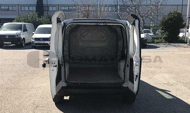 zona de carga Peugeot Bipper 1.3 HDI 75 CV Furgoneta