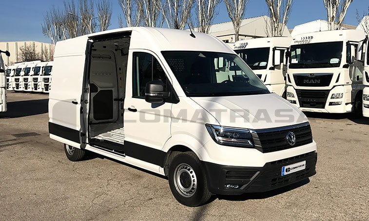 VW Crafter 35 modelo 2017 lateral derecho