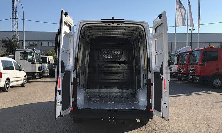 zona de carga VW Crafter 35 modelo 2017