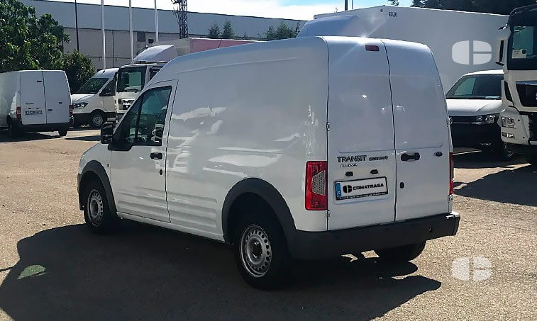 Ford Transit Connect 1.8 TDCI 90 CV lateral izquierda