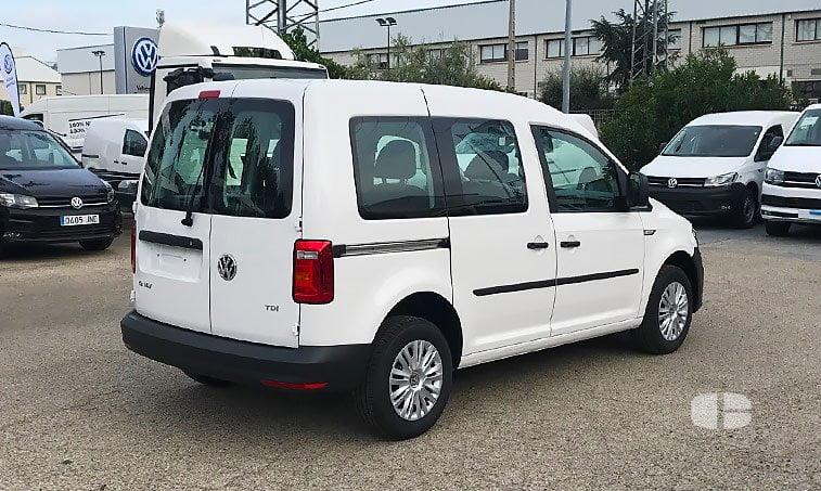 VW Caddy Profesional Kombi 2.0 TDI 102 CV 2017 lateral derecho