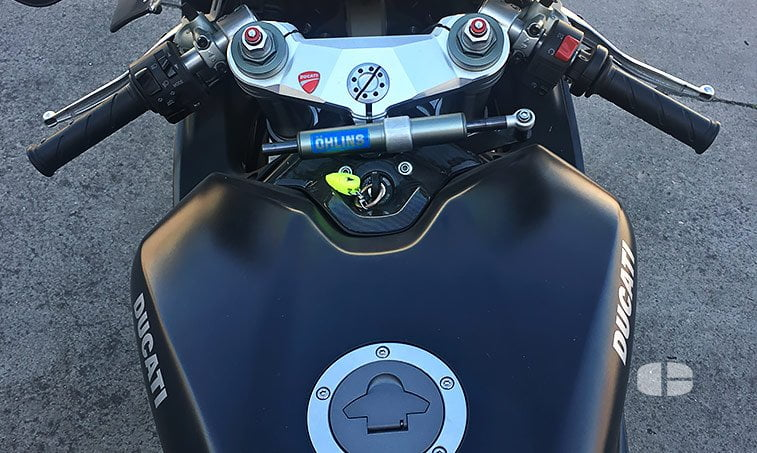 Ducati 848 Superbike Black 125 CV depósito