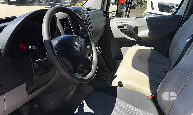 VW Crafter 2.0 TDI 136 CV Furgón 2013 interior