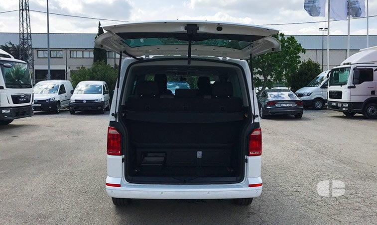 VW Multivan Outdoor 2.0 TDI 102 CV Batalla Corta maletero