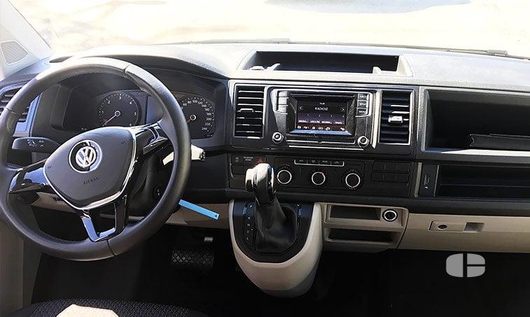 VW Caravelle Trendline DSG 2.0 TDI 150 CV interior