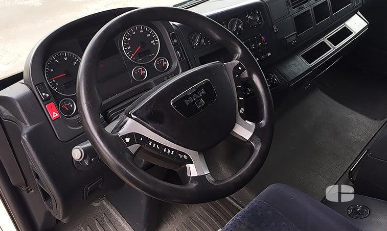 MAN TGA 18480 4x2 BLS Cabeza Tractora 2007 interior