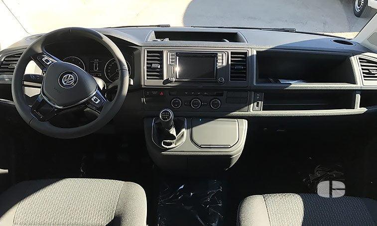 VW Multivan Trendline 2.0 TDI 102 CV 2017 cuadro instrumentos