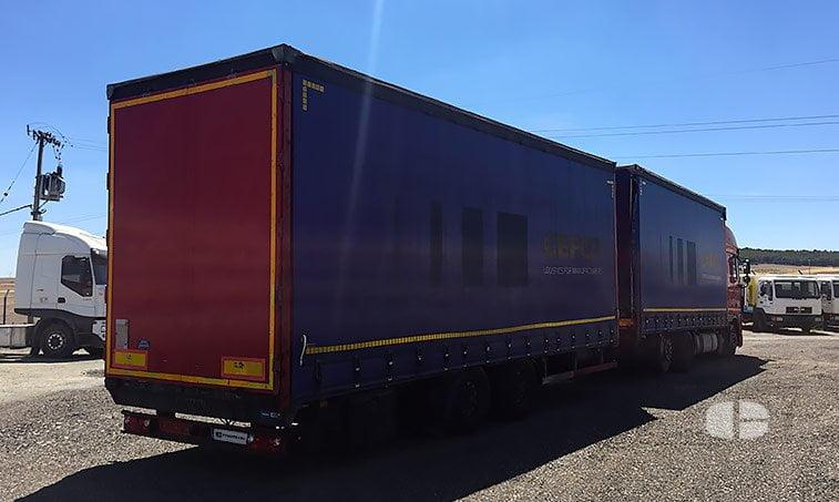 lateral derecho DAF XF 105 460 CV Tren de Carretera