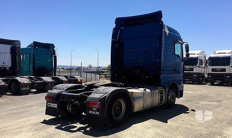 lateral derecho MAN TGA 18480 4x2 BLS Cabeza Tractora (2006)