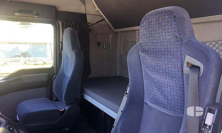 asientos MAN TGA 18480 4x2 BLS Cabeza Tractora (2006)