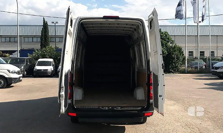 Volkswagen Crafter Furgón BL 2.0 TDI 136 CV zona de carga