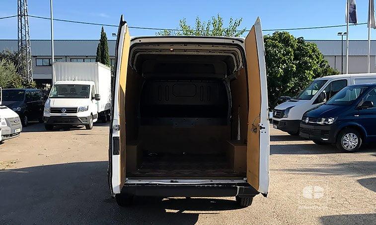 zona carga Ford Transit Tourneo 260 S 2.2 TDCi 100 CV