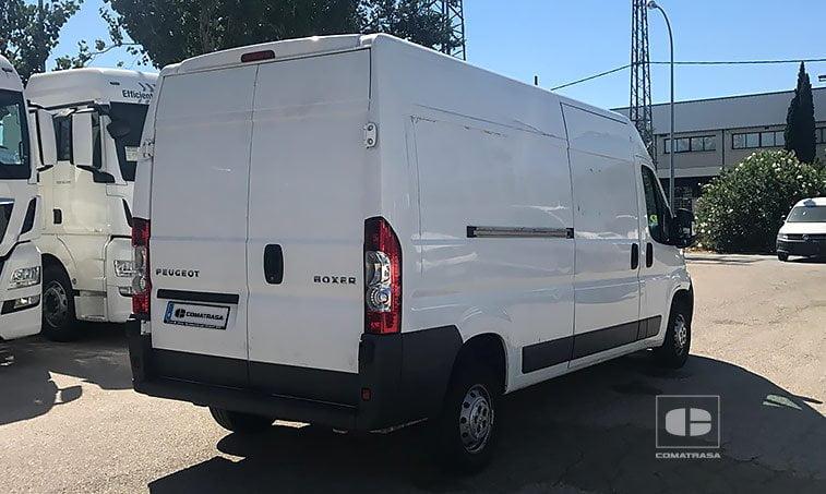 lateral derecho Peugeot Boxer 335 2.2 HDI 120 CV (L3H2) Furgón