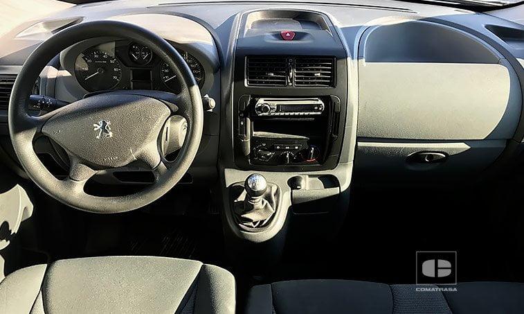 interior Peugeot Expert Tepee 2.0 HDi 120 CV