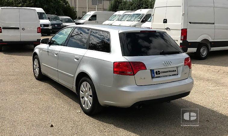 lateral izquierdo Audi Avant Multitronic 2.0 TFSI 131 CV