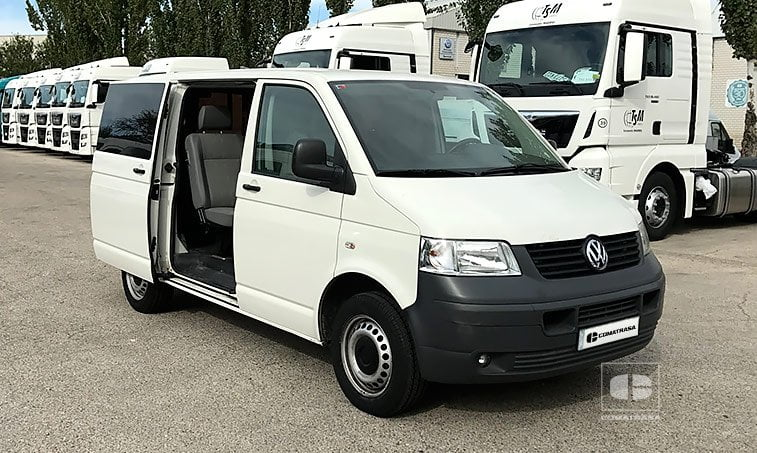 VW Transporter 1.9 TDI 102 CV mixto