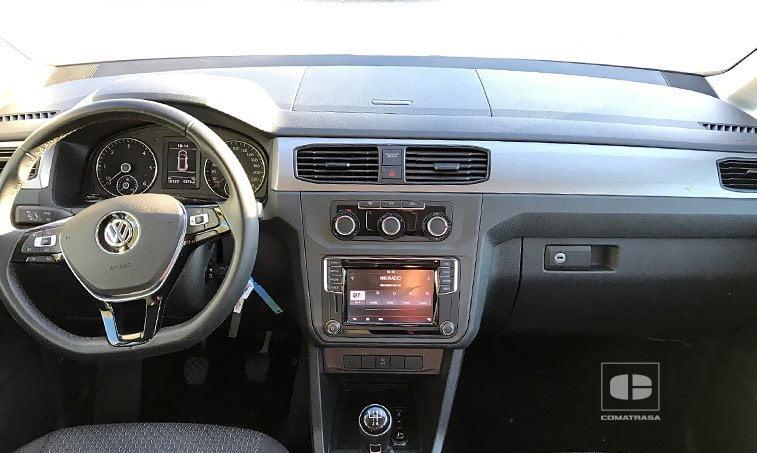 interior VW Caddy Trendline 2.0 TDI 102 CV Mixto