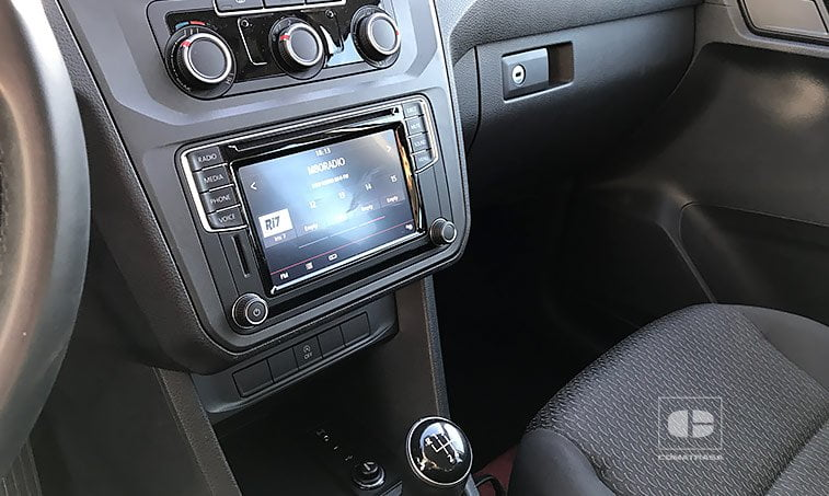 multimedia VW Caddy Trendline 2.0 TDI 102 CV Mixto