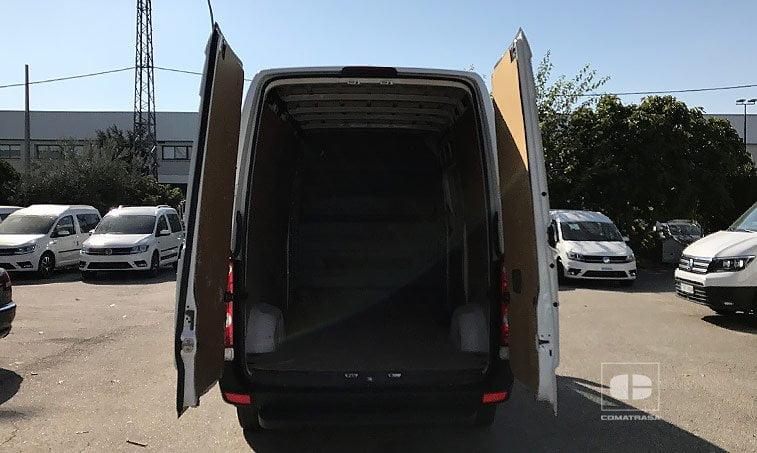 zona de carga VW Crafter 30 PRO BM 2.0 TDI 136 CV BMT Furgón