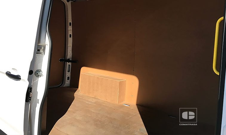 zona de carga panelada VW Crafter 35 L3H2