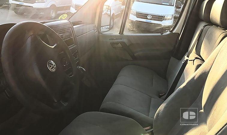 interior Volkswagen Crafter 35 2.5 TDI 136 CV