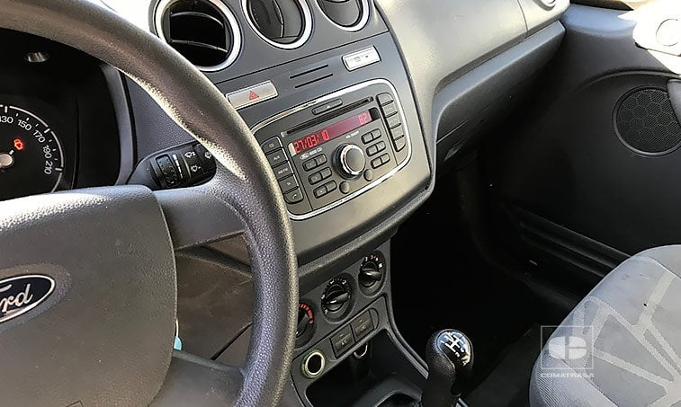 interior Ford Transit Connect 230L 2.0 TDCi 90 CV
