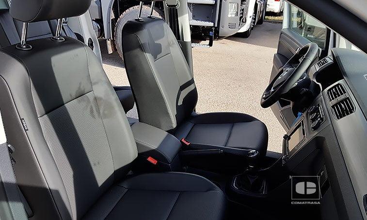 asientos delanteros VW Caddy Maxi Trendline 2.0 TDI 102 CV