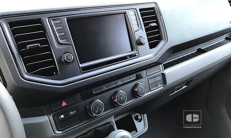 interior MAN TGE 3140 2.0 TDI 140 CV Furgón