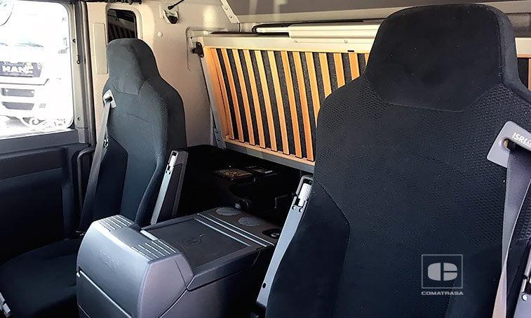 asientos MAN TGL 8220 4x2 BL Semitauliner