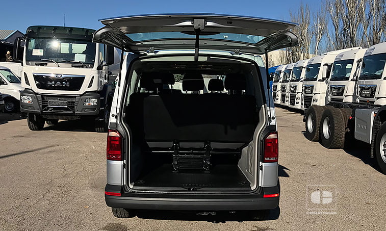 maletero VW Caravelle Trendline DSG 2.0 TDI 150 CV