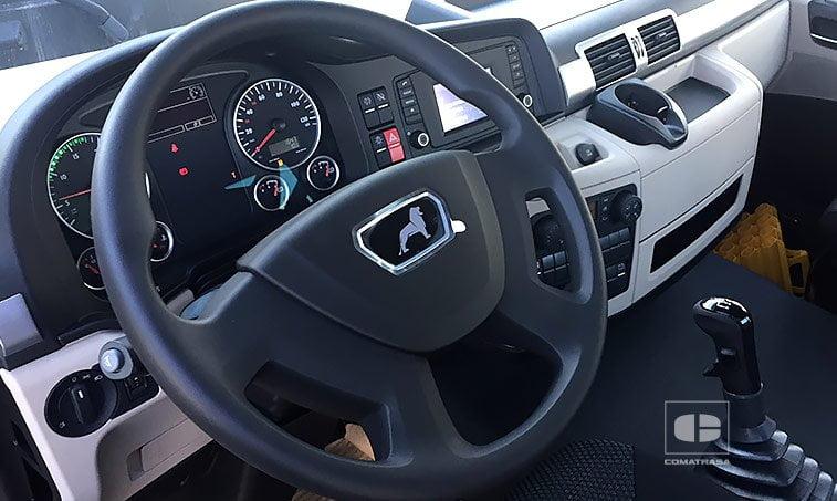interior MAN TGS 18420 4x4 BLS Cabeza Tractora
