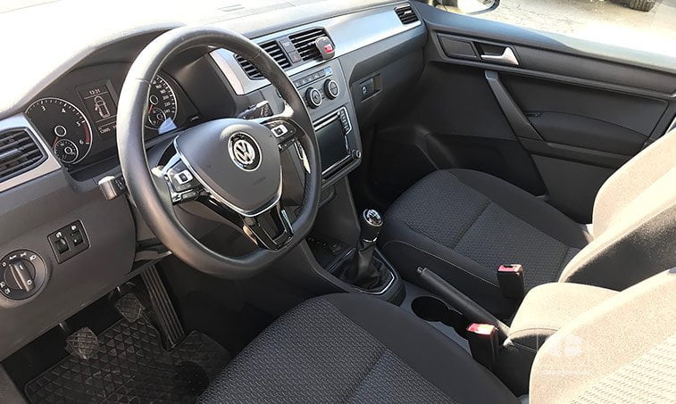 interior VW Caddy Trendline 2.0 TDI 102 CV 2017