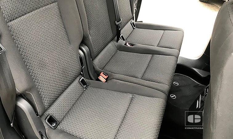 VW Caddy Trendline 2.0 TDI 102 CV 2017 asientos traseros