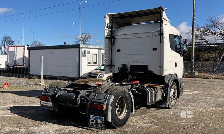 lateral derecho SCANIA R 124 L Cabeza Tractora