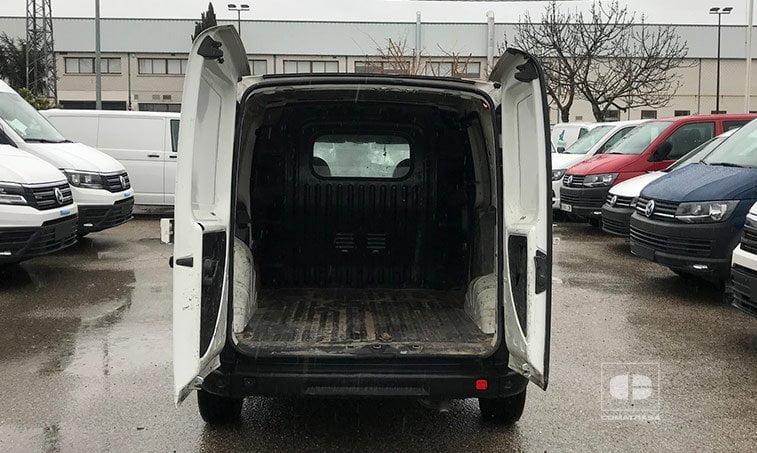 zona de carga Fiat Doblo 1.9 JTD 105 CV Furgoneta Comercial