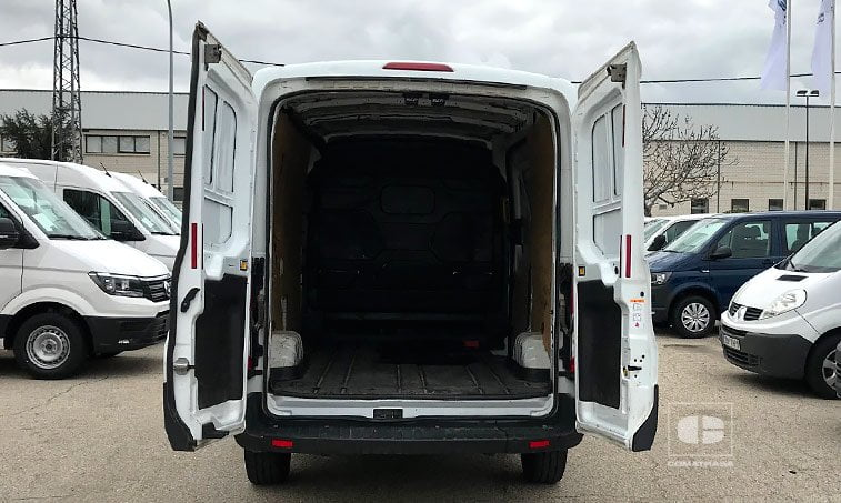zona de carga Ford Transit 350 2.2 TDCI 100 CV (2014)
