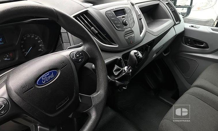 interior Ford Transit 350 2.2 TDCI 100 CV (2014)
