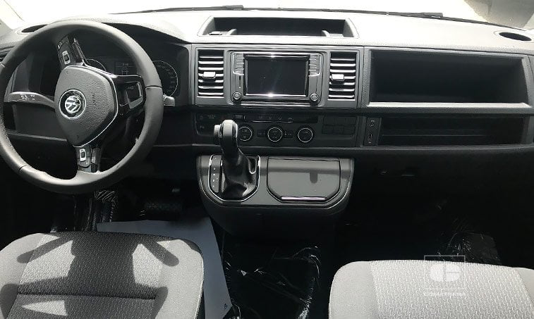 interior VW Multivan The Original 2.0 TDI 150 CV DSG 2018