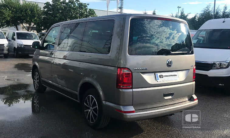 lateral izquierdo Volkswagen Multivan Outdoor 2.0 TDI 150 CV DSG