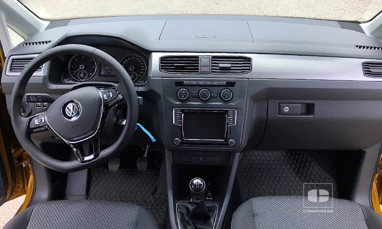 interior VW Caddy Maxi Beach 2.0 TDI 102 CV